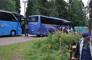 Publiken kom med buss